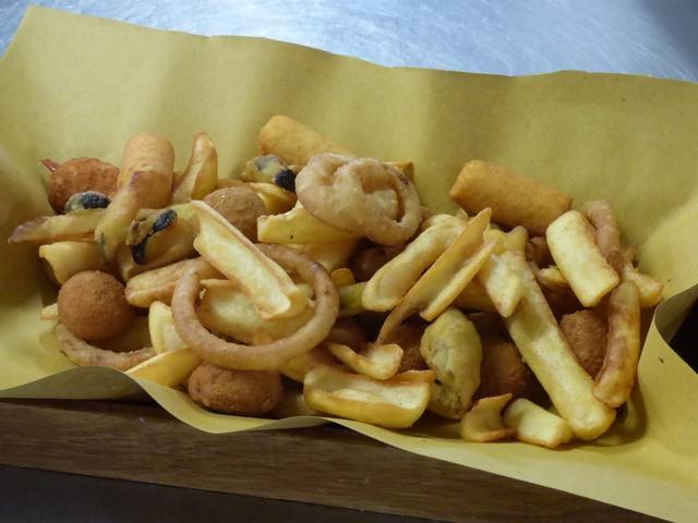 Patate Fritte e Anelli di Cipolla