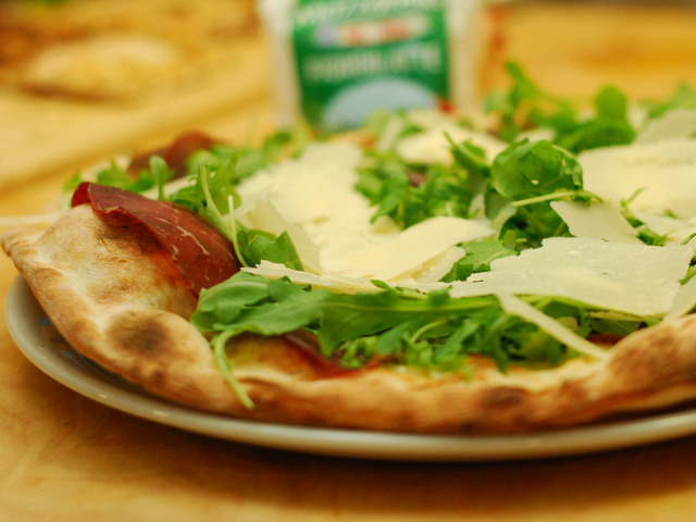 Pizza Bresaola Rucola e Parmigiano
